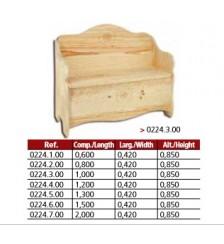 Banco arca modelo revista em madeira de  pinho maciço.